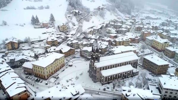 Lo splendore della Val di Fiemme imbiancata dalla neve: il video