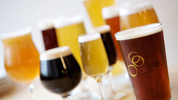 Ai Mercatini di Natale i segreti della birra trentina
