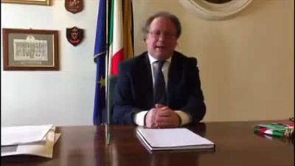 Coronavirus: minuto di silenzio e nuovo messaggio del sindaco