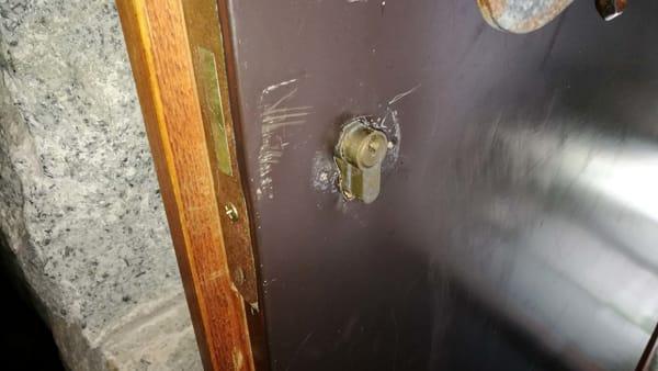 la serratura del piano terra-2