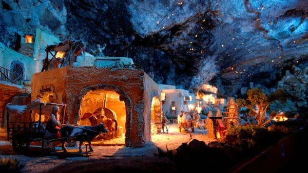El paes dei presepi: tradizioni e mercatini natalizi di Pinè