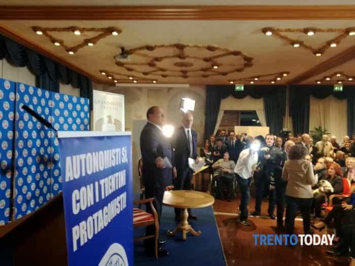 Berlusconi a Trento per la campagna elettorale (1)